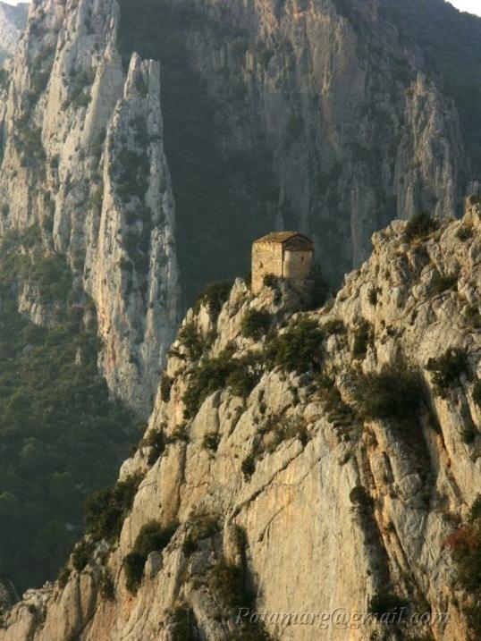 Ermita de la Pertusa (Corça)
